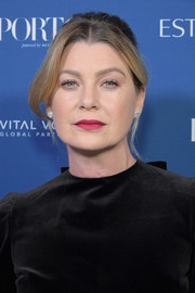Ellen Pompeo sported a loose bun with center-parted bangs at the 2018 Incredible Women Gala.