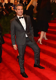 Andy Cohen looked super dapper in this charcoal gray tux.