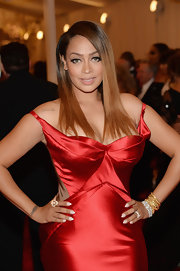 La La Anthoney chose a sleek and straight 'do for her look at the 2013 Met Gala.