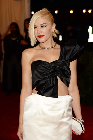 More Pics of Gwen Stefani One Shoulder Dress (5 of 17) - Gwen Stefani Lookbook - StyleBistro