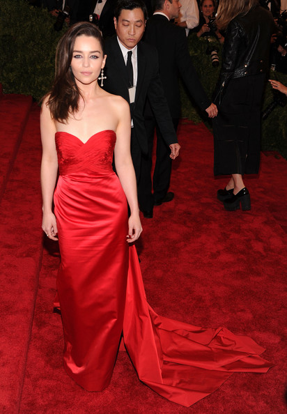 More Pics of Emilia Clarke Strapless Dress (1 of 5) - Emilia Clarke Lookbook - StyleBistro