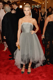 Julianne Hough chose this retro-punk silver dress that featured a cool asymmetrical high-low hem.