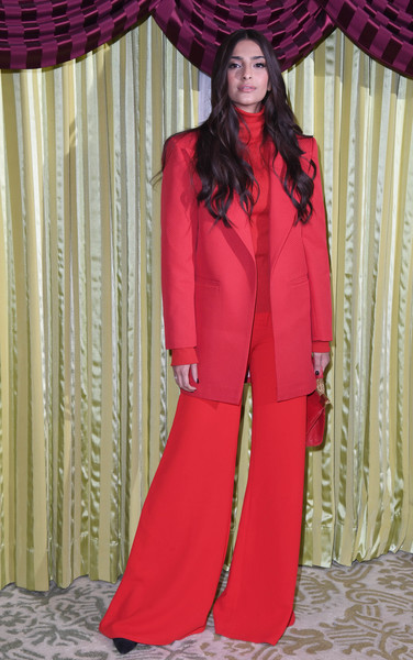Look of the Day: January 18th, Sonam Kapoor