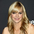 Anna Faris' Sweet Feathered Flip
