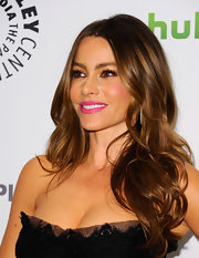 Sofia Vergara rocked her signature look at PaleyFest 2012. Her lengthy locks were shiny and sexily tousled when she hit the red carpet.