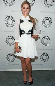 Sasha Pieterse sported a pretty white frock with black paneling on the bodice for her look at the Paley Center's 'Pretty Little Liars' Event.