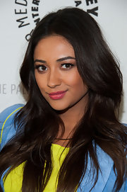 Shay Mitchell's long waves were super shiny and chic at the 'Pretty Little Liars' event in Beverly Hills.