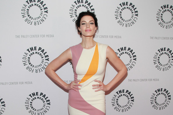 More Pics of Jessica Pare Bobby Pinned Updo (1 of 16) - Jessica Pare Lookbook - StyleBistro