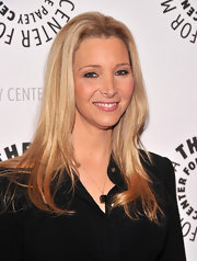 Lisa Kudrow looked trendy with her ombre hair at the screening of 'Who Do You Think You Are?'