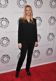 Lisa Kudrow went for a strong silhouette with this black pantsuit at the screening of 'Who Do You Think You Are?'