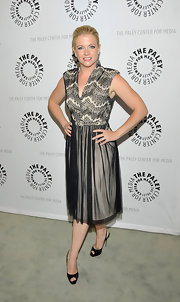 Melissa Joan Hart looked sophisticated in a lace dress and black patent peep-toes.