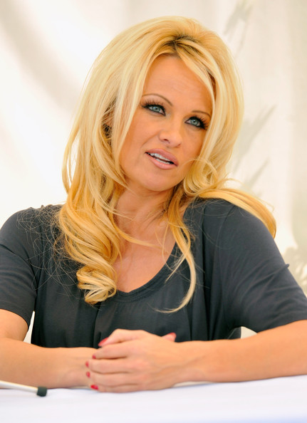 More Pics of Pamela Anderson Red Lipstick (1 of 59) - Pamela Anderson Lookbook - StyleBistro