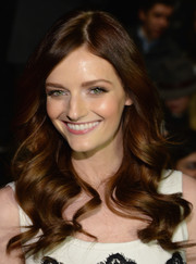 Lydia Hearst looked super charming with her ultra-feminine waves during the Pamella Roland fashion show.