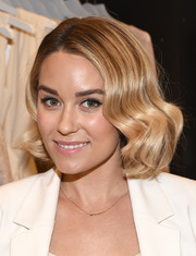 Lauren Conrad looked very pretty wearing a modern version of the finger wave during the Paper Crown + Rifle Paper Co. pop-up shop event.