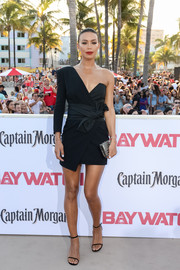 Ilfenesh Hadera was modern and sexy in a one-sleeve black wrap dress by Alexandre Vauthier at the world premiere of 'Baywatch.'