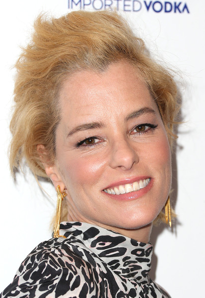 Parker Posey Messy Cut [hair,face,blond,hairstyle,eyebrow,lip,chin,forehead,head,beauty,arrivals,parker posey,irrational man,california,los angeles,writer guild of america theatre,sony pictures classics,premiere]