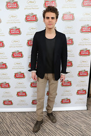 Paul Wesley kept his look casual and cool with a pair of khaki striped chinos.