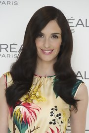 Paz Vega was all smiles while her polished waves elegantly framed her face.