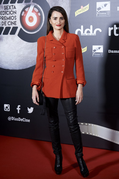 Penelope Cruz Ankle Boots [dias de cine,clothing,red,orange,carpet,premiere,fashion,red carpet,outerwear,footwear,flooring,penelope cruz,awards,dias de cine awards,madrid,spain,cineteca]