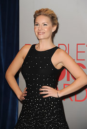 Elisha Cuthbert wore a Sylvie Rose cuff of 14-carat black rhodium with black diamonds at the 2012 People's Choice Awards nominations press conference.