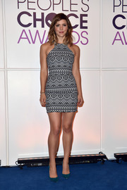 Katharine McPhee teamed her sassy dress with a pair of emerald pumps.