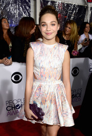 Maddie Ziegler's purple Benedetta Bruzziches clutch and printed cutout dress at the People's Choice Awards were a super-fun pairing.