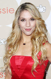 Allison Holker looked oh-so-sweet at the Ones to Watch party with her flowing corkscrew curls.