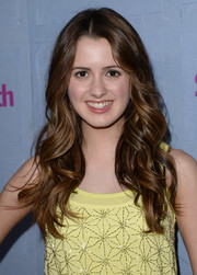 Laura Marano looked darling at the People StyleWatch Denim Awards with this long center-parted wavy 'do.