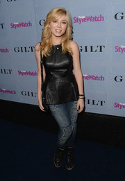 Jennette McCurdy was edgy-chic in a black leather peplum top and skinny jeans at the People StyleWatch Denim Awards.