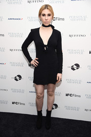 Zosia Mamet showed some skin in a super-short LBD with a plunging neckline at the New York premiere of 'Personal Shopper.'