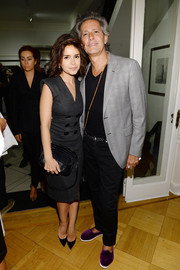 Miroslava Duma polished off her look with a black crocodile shoulder bag.