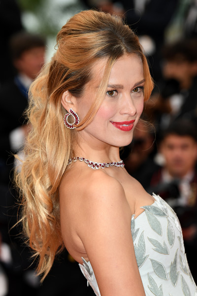 Petra Nemcova Half Up Half Down [hair,hairstyle,eyebrow,lip,beauty,long hair,blond,shoulder,skin,chin,red carpet arrivals,petra nemcovafashion,burning beoning,cannes,france,cannes film festival,screening,palais des festivals]