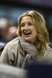 This long layered cut served Kate Hudson well as she cheered for her man in the Yankees' stands.