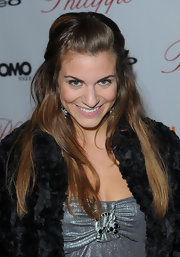 Rachel Mccord pulled her hair back in a lovely half-up half-down style for the Philippe West Hollywood grand opening.