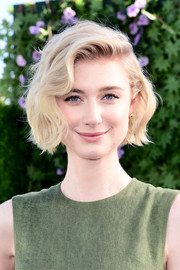 Elizabeth Debicki looked darling wearing this wavy bob at the photocall for 'Peter Rabbit.'