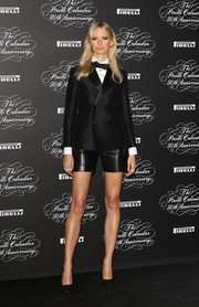 A pair of black leather shorts added a fun twist to Karolina Kurkova's menswear-inspired look.