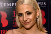 Pixie Lott Medium Straight Cut