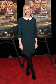 Jess Weixler chose a dark teal frock with a white Peter Pan collar for her red carpet look at 'The Place Beyond the Pines' premiere in NYC.