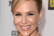 Julie Benz Picture