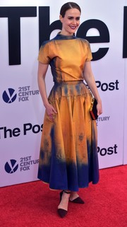 Sarah Paulson showed off her unique style with this marigold and blue tie dye-effect dress by Calvin Klein at the Washington, DC premiere of 'The Post.'