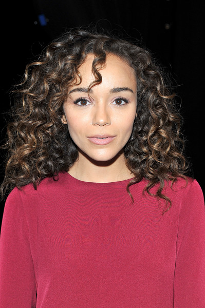 Ashley Madekwe looked fab with her bouncy curls at the Prabal Gurung fashion show.