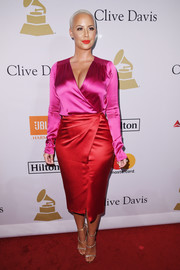 Amber Rose chose an eye-popping color-block wrap dress for her pre-Grammy gala look.