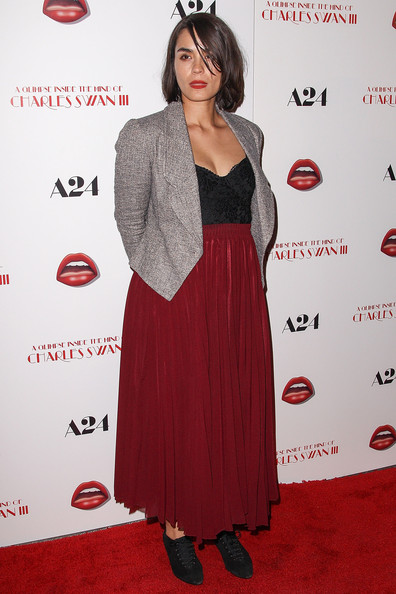More Pics of Shannyn Sossamon Long Skirt (1 of 4) - Long Skirt Lookbook - StyleBistro