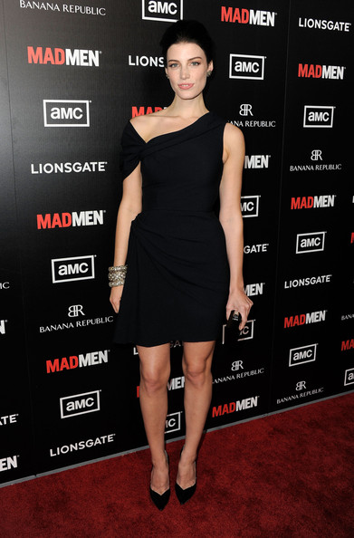 More Pics of Jessica Pare Little Black Dress (1 of 7) - Jessica Pare Lookbook - StyleBistro