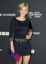 Arden Myrin complemented her LBD with a tricolor envelope clutch for a lovely pop of color at the premiere of 'The Walking Dead' season 4.