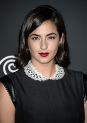 Alanna Masterson added rich color to her look with a swipe of berry lipstick when she attended the 'Walking Dead' season 4 premiere.