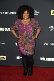 Yvette Nicole Brown sported a lovely blend of colors with this print dress at the premiere of 'The Walking Dead' season 4.