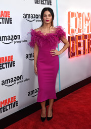 Jenna Dewan-Tatum went fancy in a fuchsia off-the-shoulder dress with a feathered neckline at the premiere of 'Comrade Detective.'