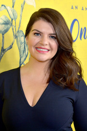 Casey Wilson was glamorously coiffed with this lush side sweep for the premiere of 'One Mississippi.'