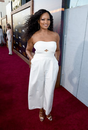Garcelle Beauvais looked breezy and stylish in a strapless white jumpsuit at the premiere of 'The Last Tycoon.'
